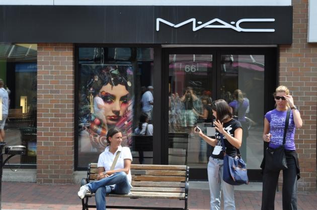 Mac révèle sa collection Marge Simpson